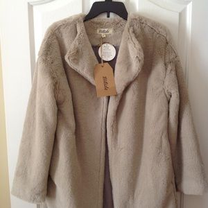 NWT Date Night Faux Fur Coat by Listicle, Small